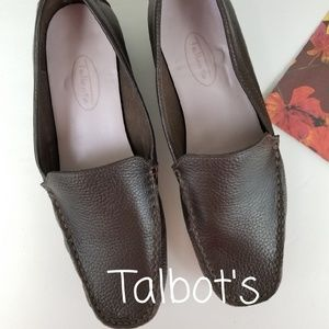 TALBOT'S LEATHER BROWN FLAT LOAFERS, SIZE 8